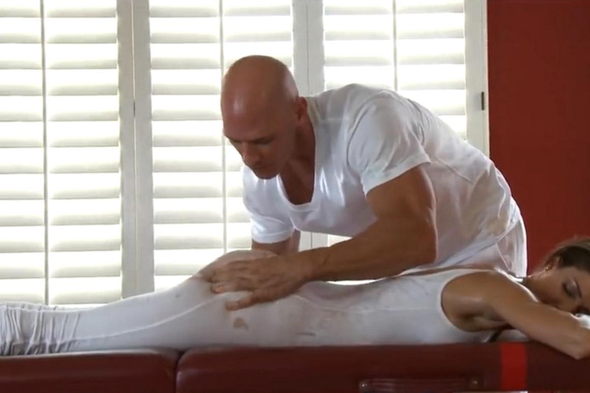brstenje-velik-kurac-masaža