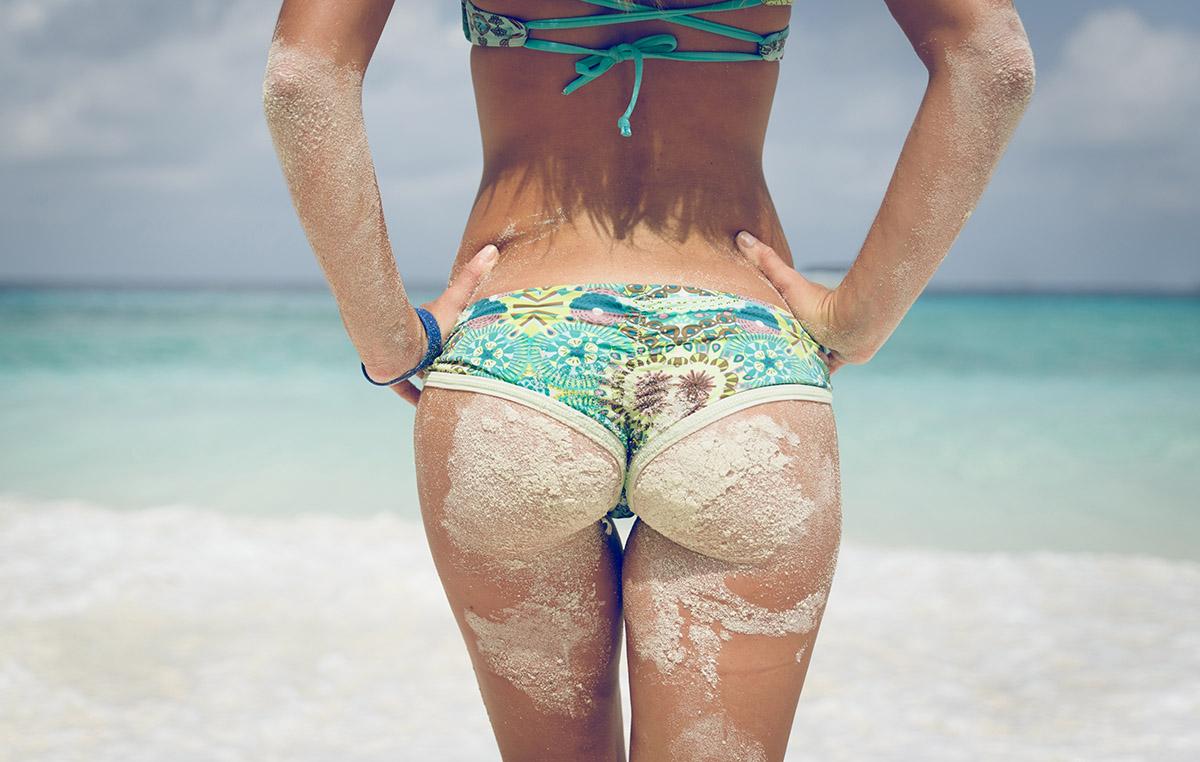 Sexy ritke posute s peskom