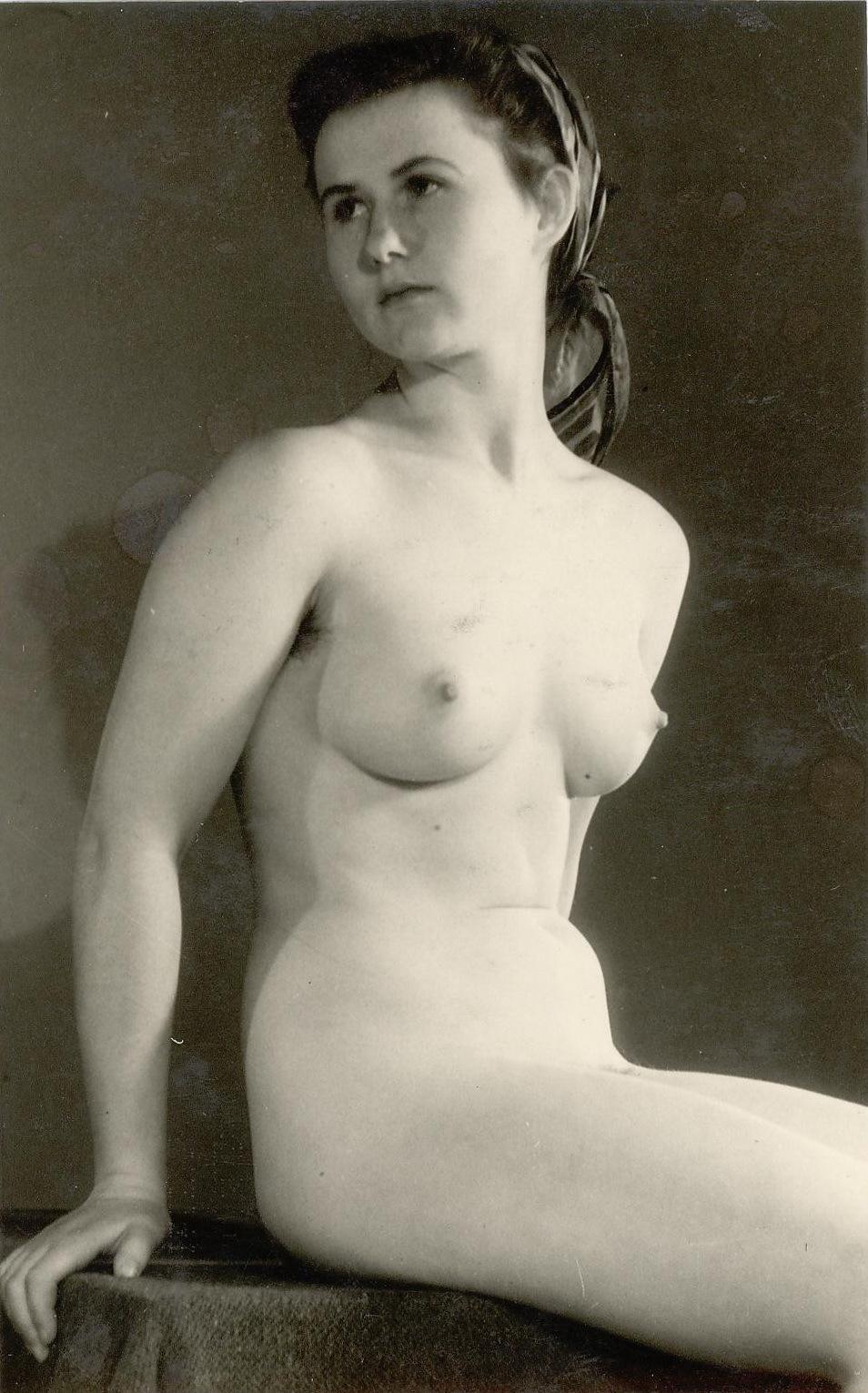 eroticna-fotografija-preteklost-srbija-7
